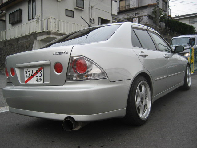 toyota altezza   lexus is200 japanese used car exporter used car from japan